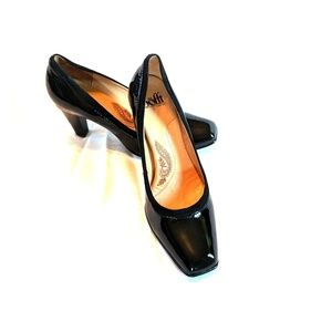 """Sofft Patent Leather Square Toe 3"""" Heal - 8 1/2 M"""